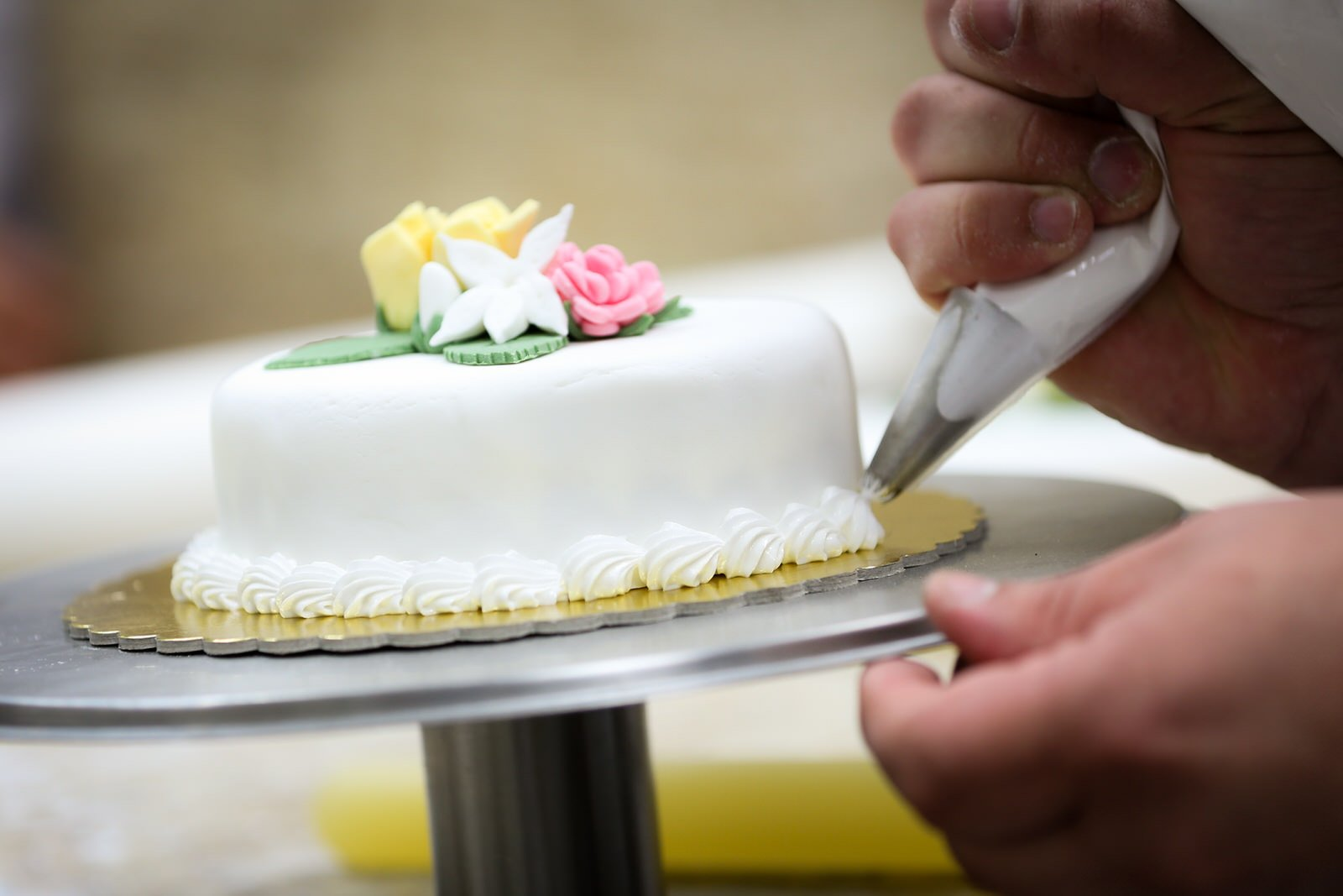 Cake Decorating : Cake Decorating Malta